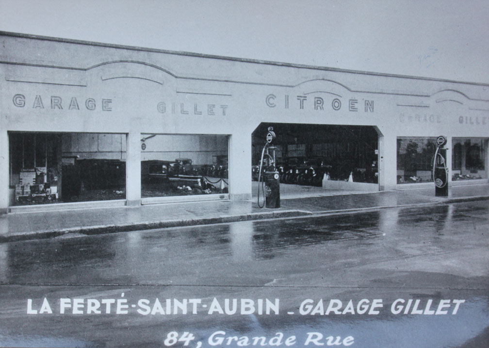 Un mois un garage citro n la ferte saint aubin par le for Garage citroen vaison la romaine