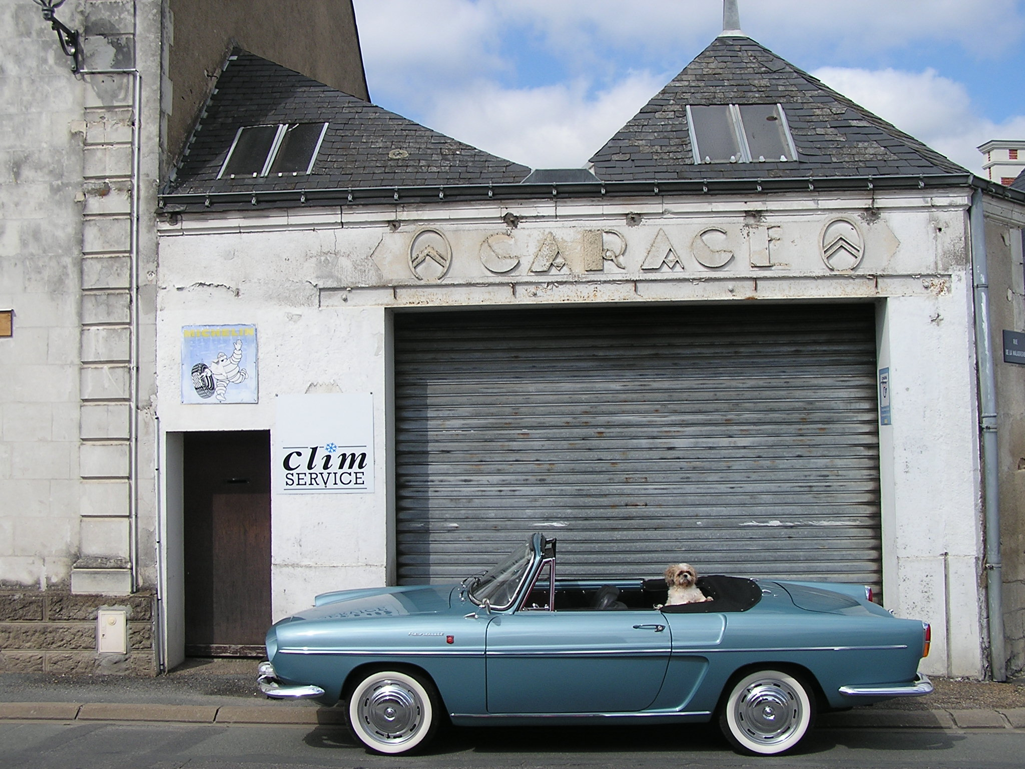 Un mois un garage citro n maze par le dr danche for Garage citroen le perreux