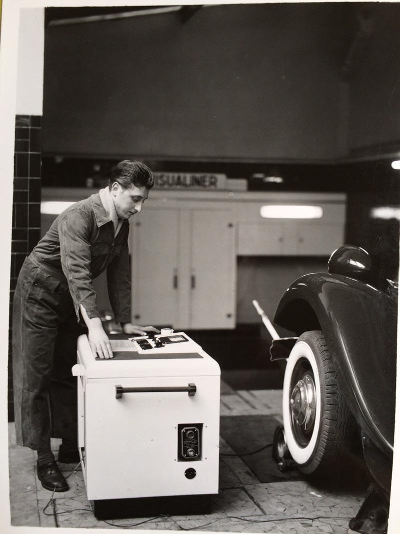 Un mois un garage citro n paris boulevard voltaire for Garage mercedes paris 13