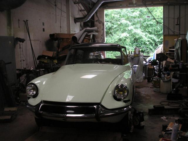 Blanc carrare int rieur vert olive 1963 - Nettoyer sa voiture au vinaigre blanc ...