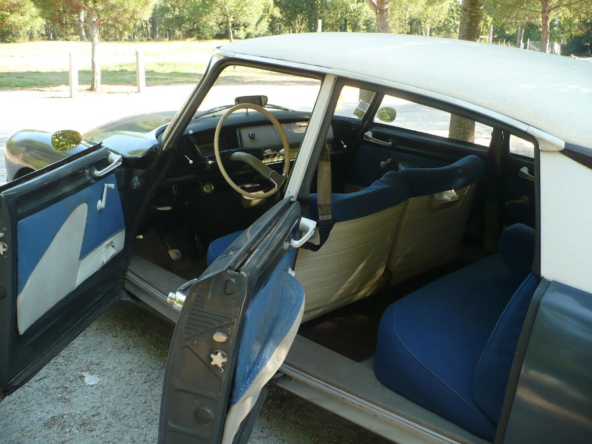 gris anthracite int rieur rhovyline bleu 1963. Black Bedroom Furniture Sets. Home Design Ideas
